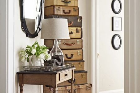 17 Small Space Decorating Ideas     Organization for Small Rooms