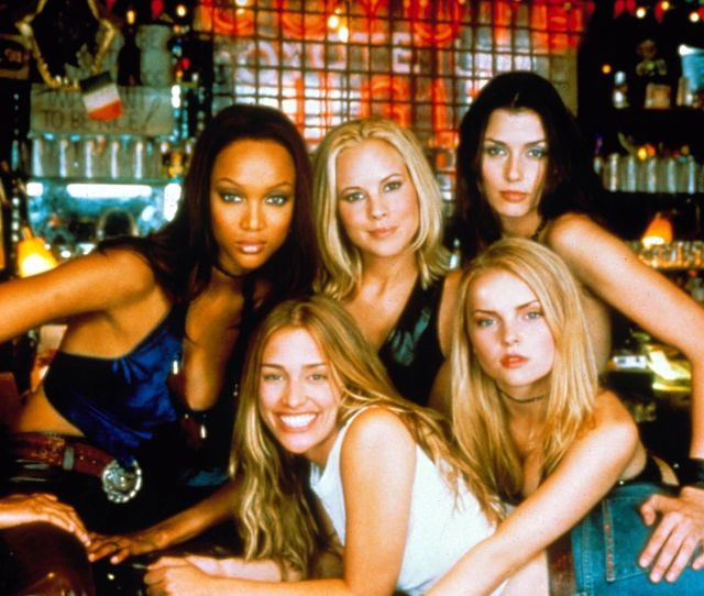 Where Are The Cast Of Coyote Ugly Now 20 Years On Heres What Happened To Piper Perabo Leann Rimes And The Coyotes