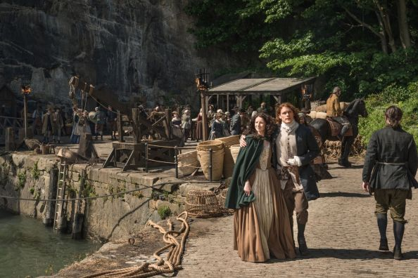 Claire and Jamie in Outlander season 2