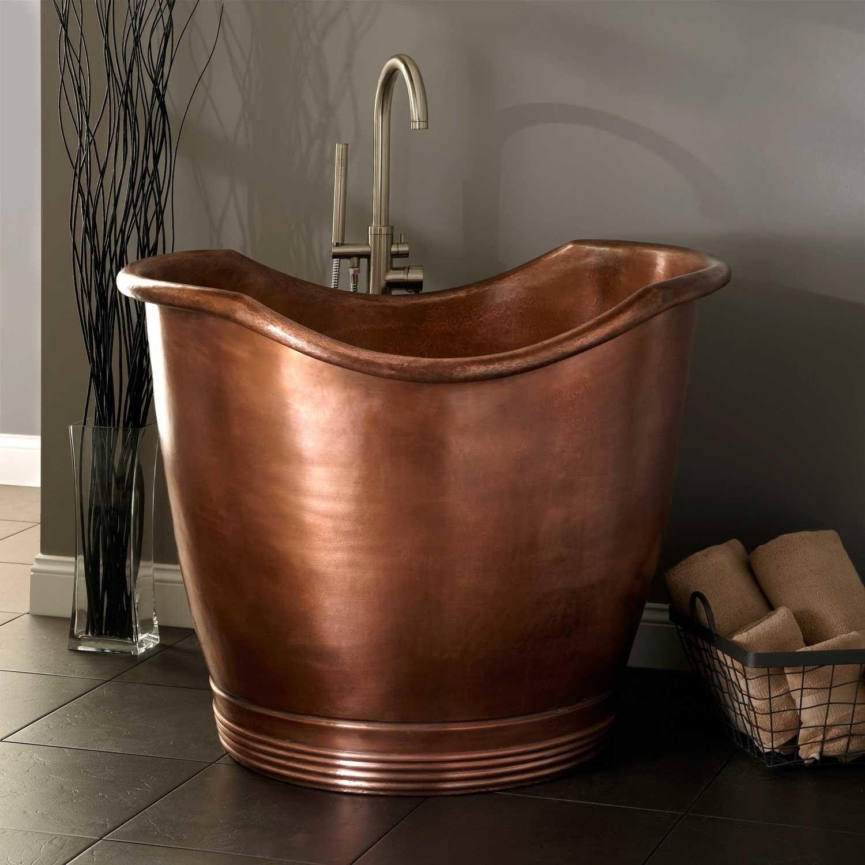 9 Small Bathtubs Tiny Bath Tub Sizes Elledecor Com