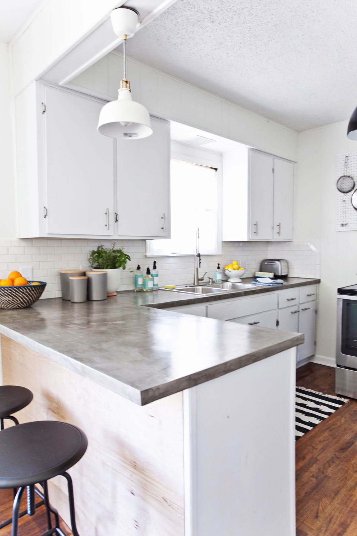 14 best white kitchen cabinets - design ideas for white cabinets