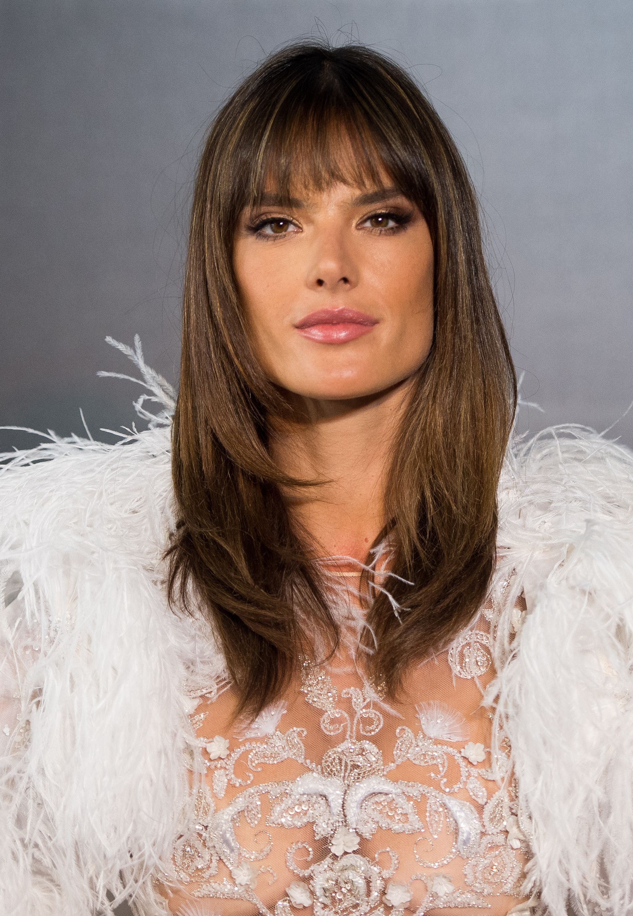 Best Fringe Hairstyles for 2018 How To Pull f A Fringe Haircut