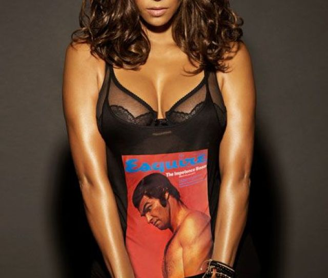 Halle Berry Pics Halle Berry Sexy Halle Berry Is The Sexiest