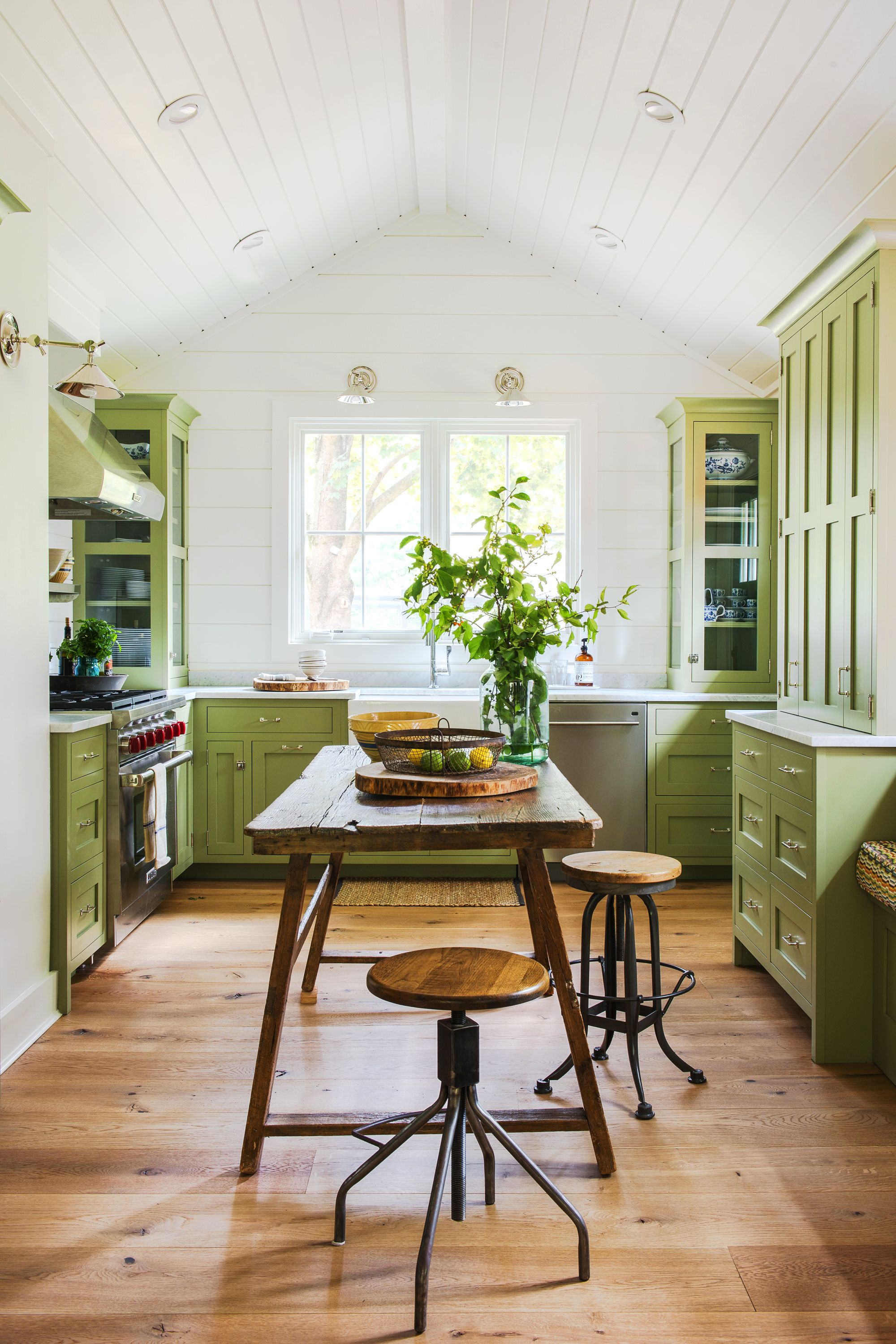 Mistakes You Make Painting Cabinets Diy Painted Kitchen
