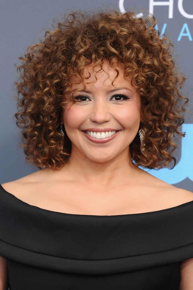 20 best short curly hairstyles 2019 - cute short haircuts