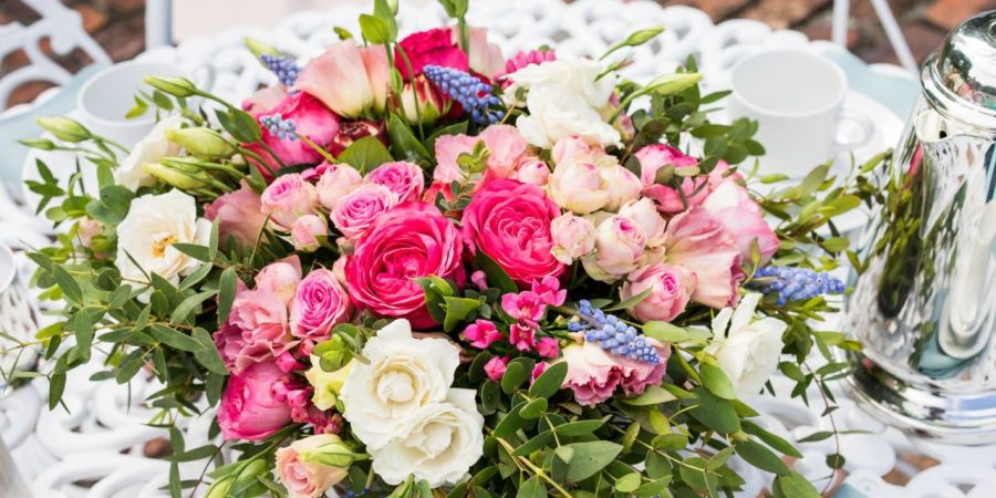 18 Mother s Day Flower Arranging Ideas   Best Mothers Day Floral     mother s day flowers