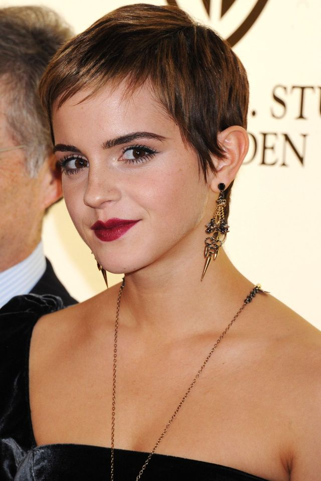 emma watson's best hairstyles - emma watson haircuts and