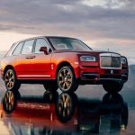 2019 Rolls Royce Cullinan Suv Is Here It S A Diamond For The Rough News Car And Driver