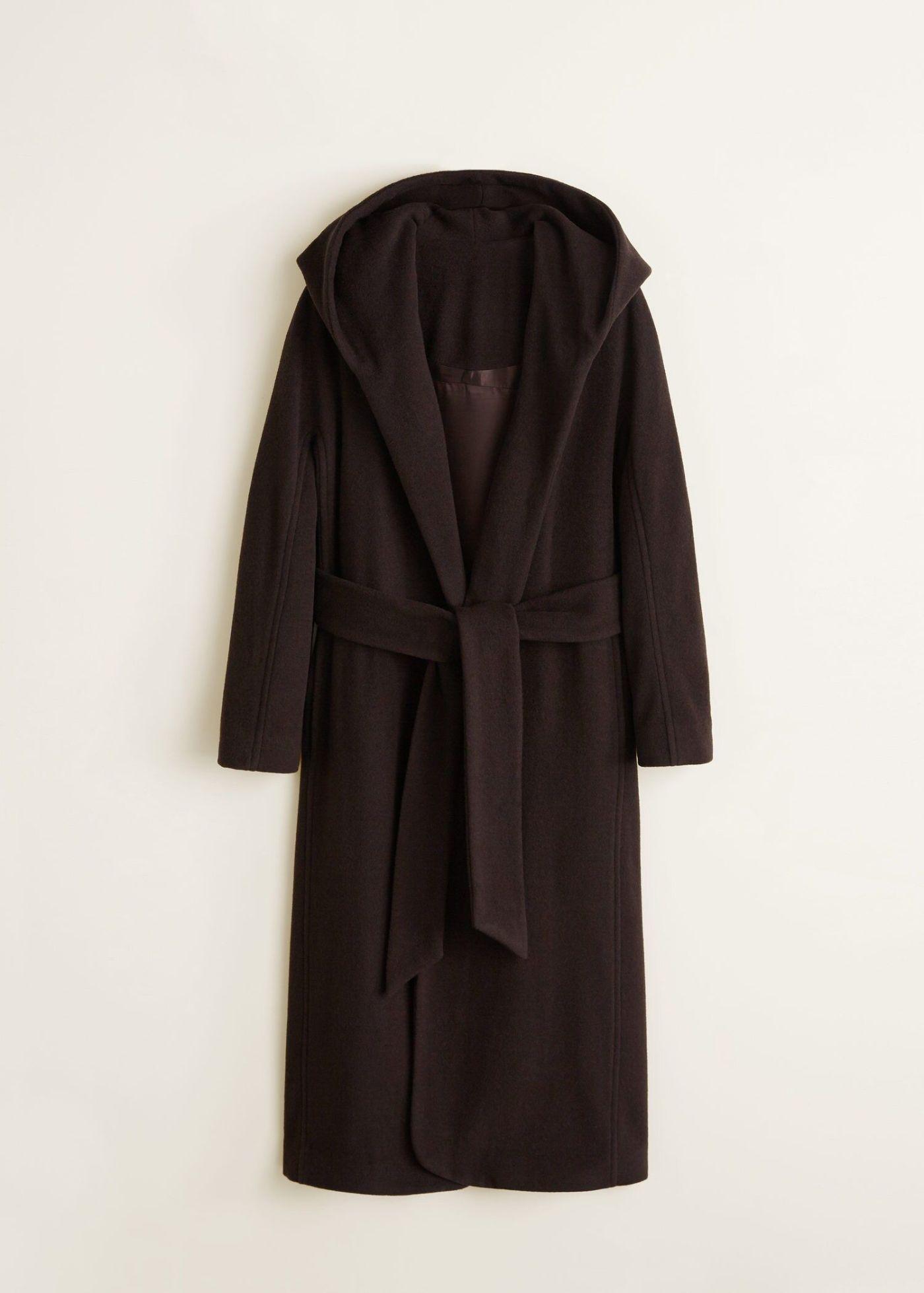 Abrigo largo de lana (149,99€), de Mango.