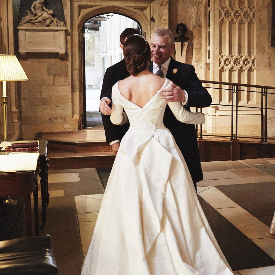 Princess Eugenie Amp Prince Andrew Hug In New Wedding Photo Celebrating Fathers Day On Instagram