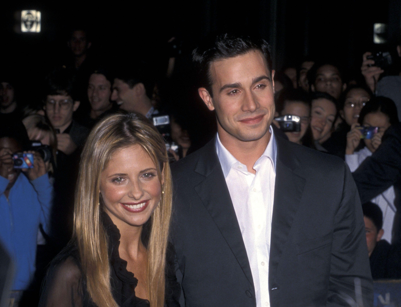 Inside Sarah Michelle Gellar S Marriage To Husband Freddie Prinze Jr And Their 2 Kids