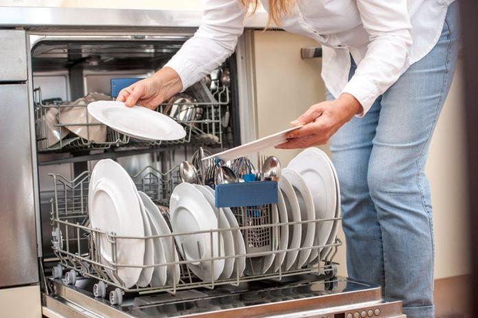 Dishwasher buying guide - how to buy a dishwasher explained