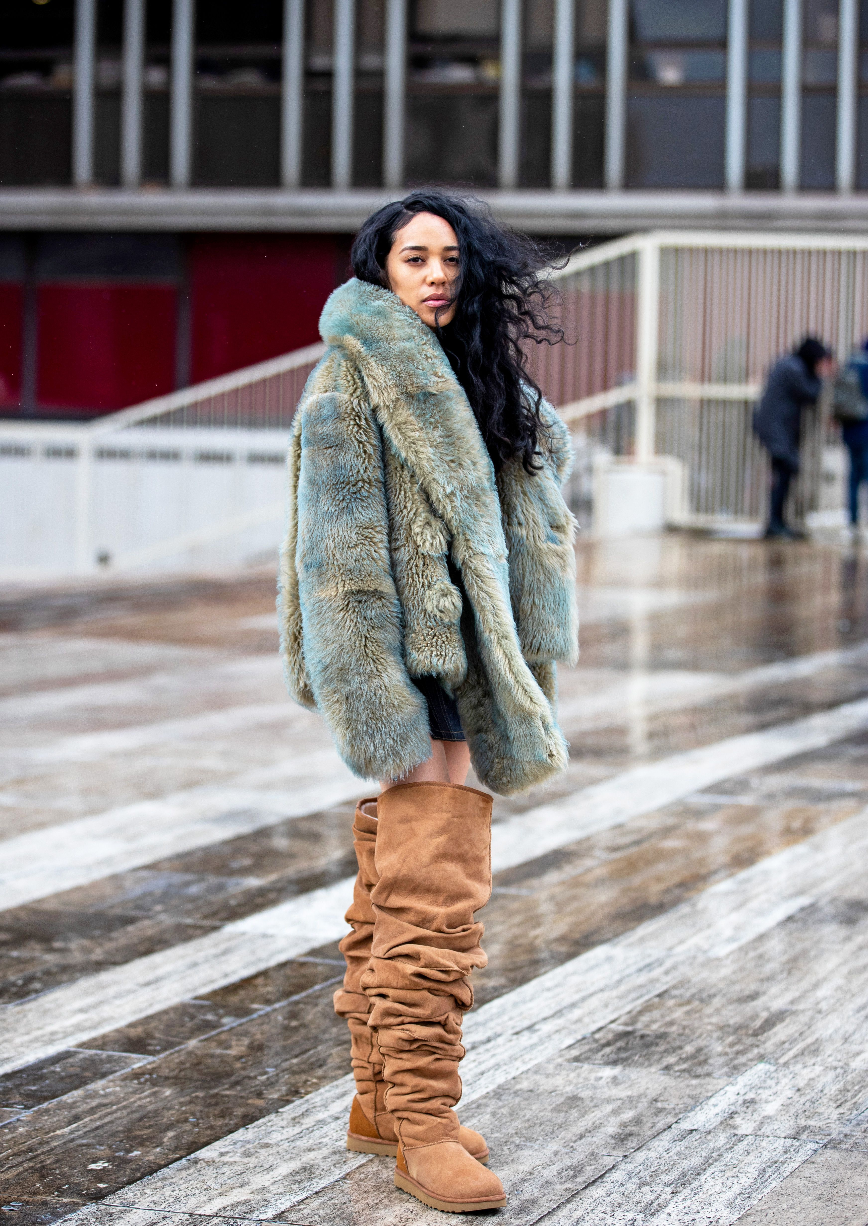 aleali may in uggs