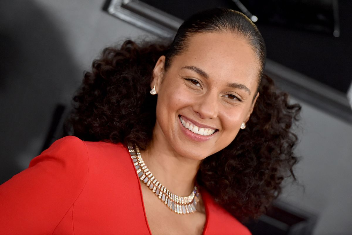 Alicia Keys Gives Further Reasons On Her Decision To Stop Wearing Makeup