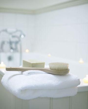 Bathroom accessories by bath tub