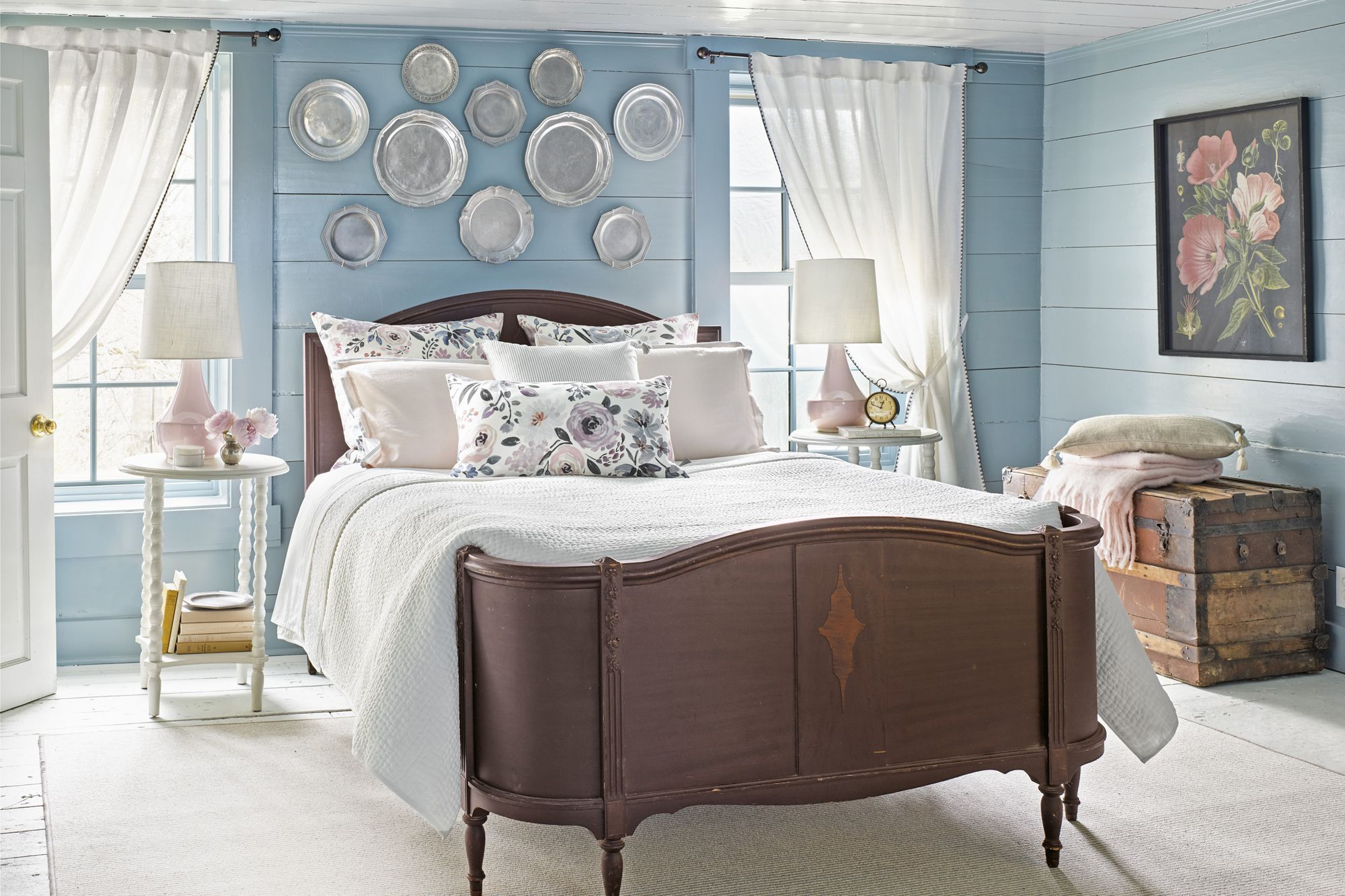 13 Creative Bedroom Wall Decor Ideas - How to Decorate Master