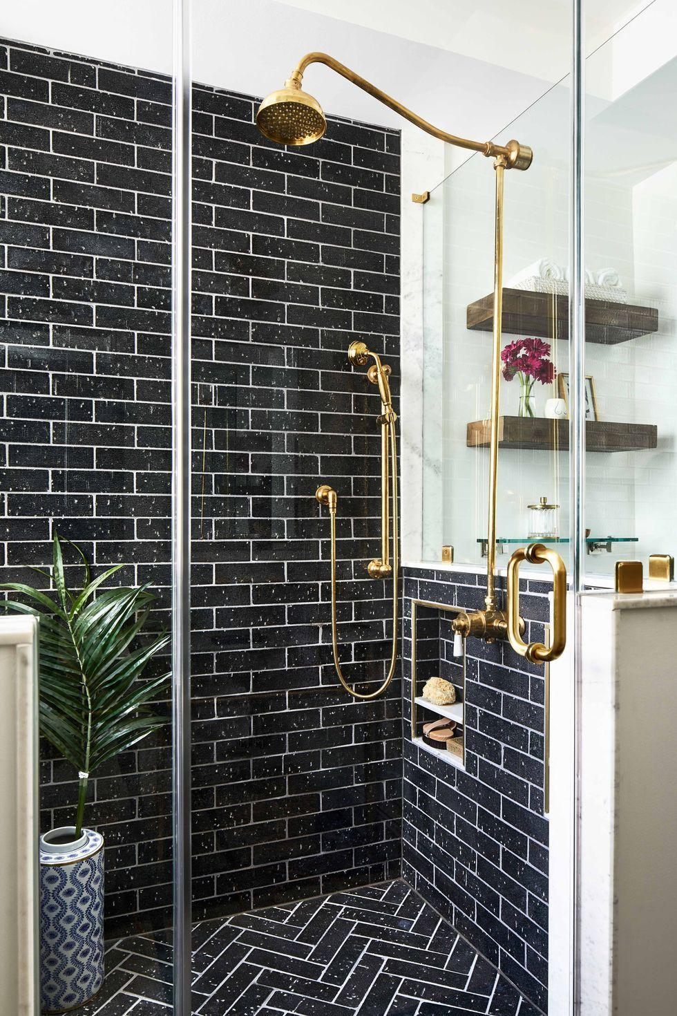 creative bathroom tile design ideas