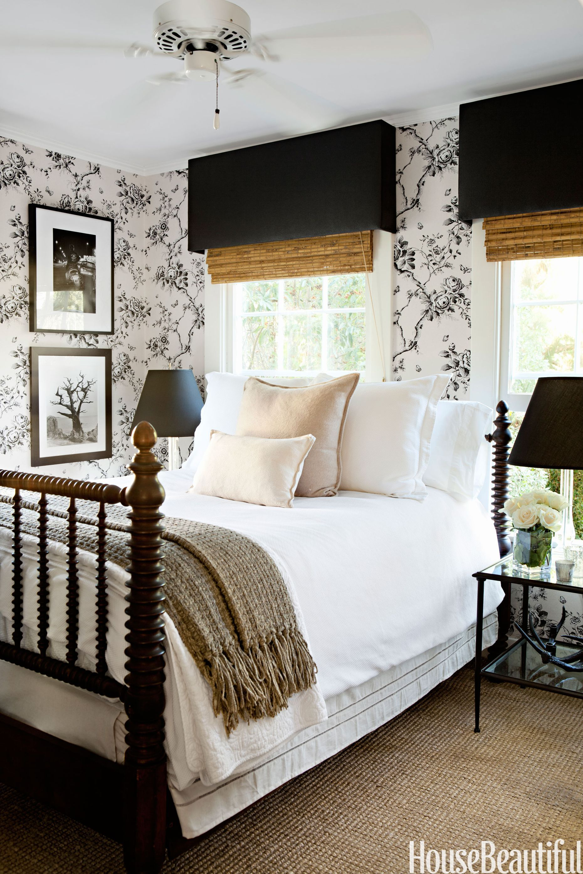 15 Beautiful Black And White Bedroom Ideas Black And White
