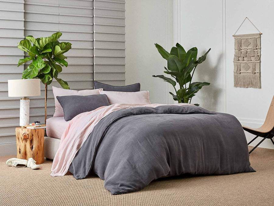 those brooklinen sheets that have been sold out for weeks are back in stock