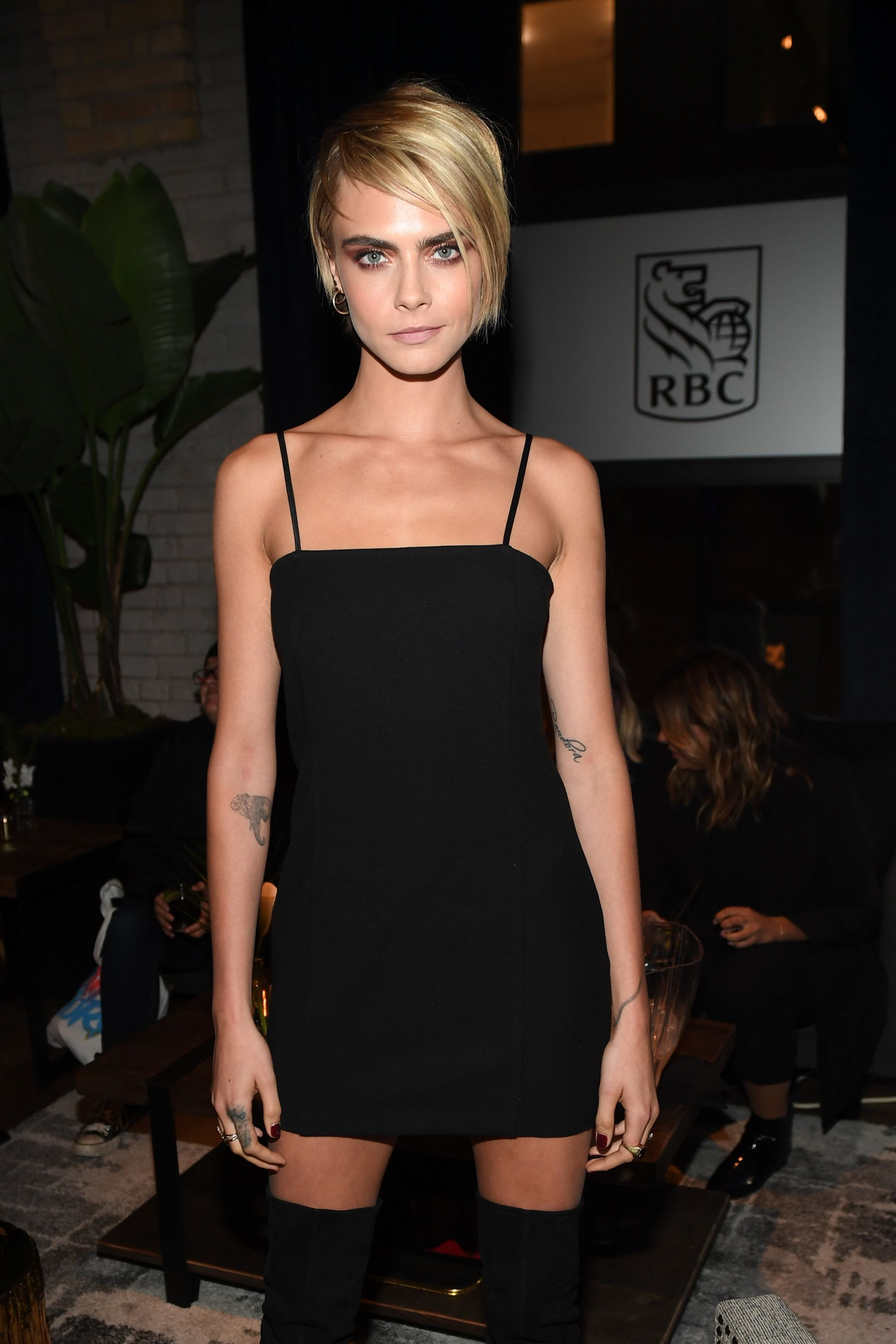 Cara Delevingne Gets Candid About Her Sex Life On Rupauls Whats The Tee Podcast