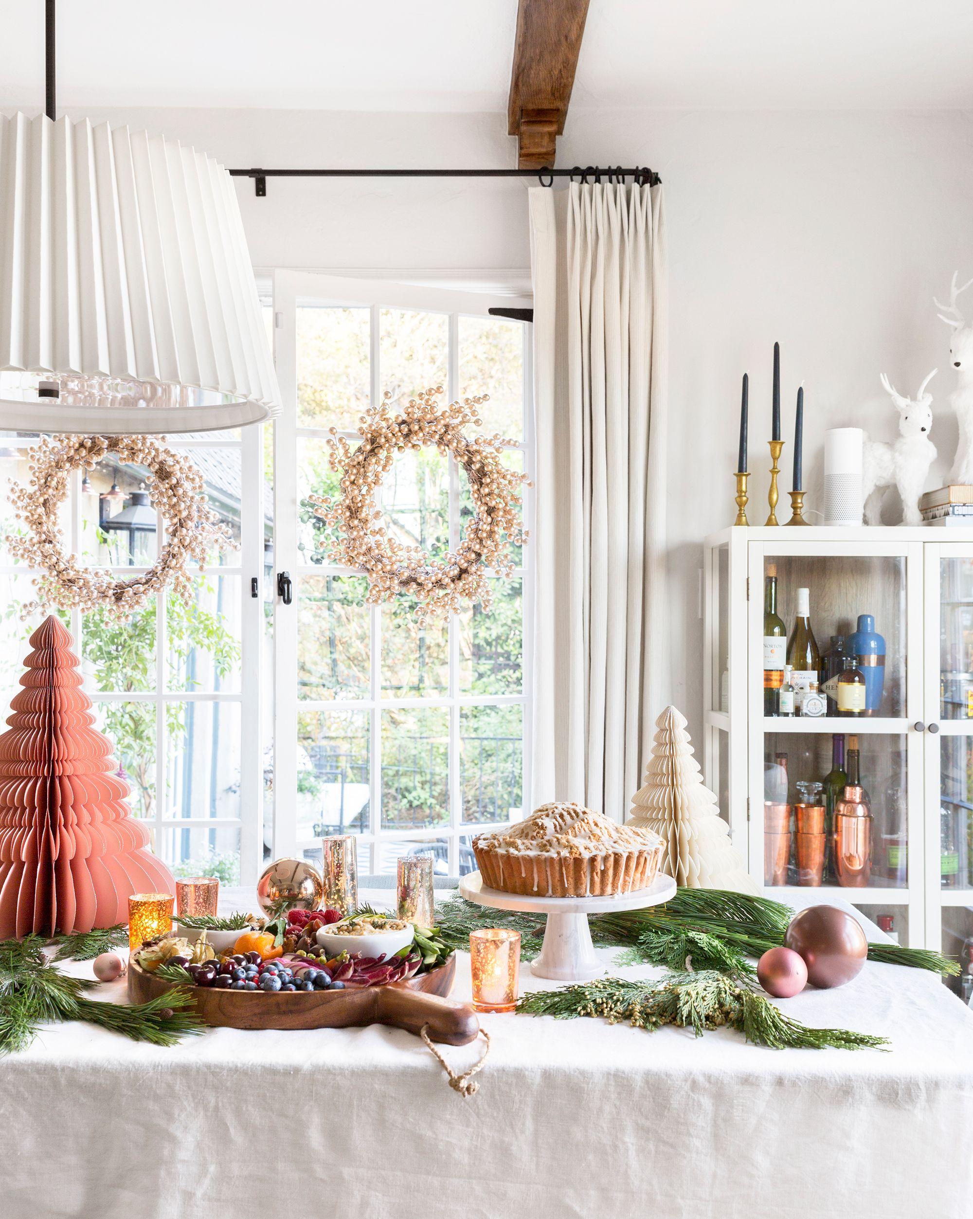 17 Easy Diy Christmas Window Decorations Best Holiday Window Ideas
