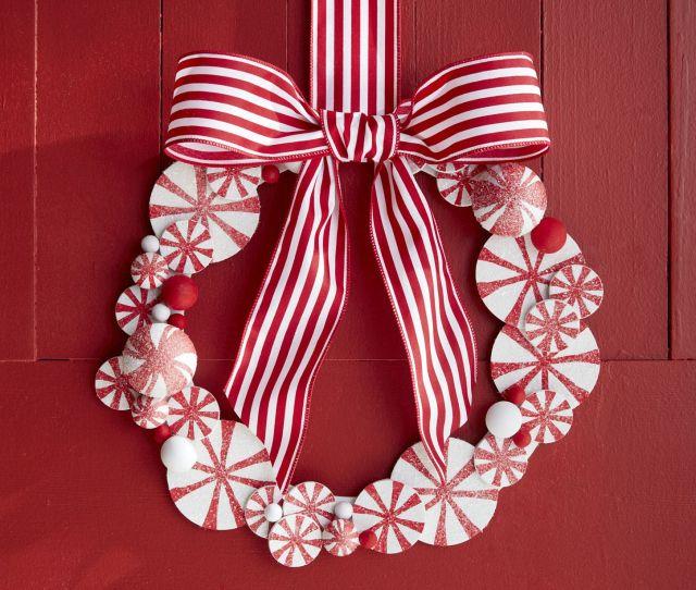 Christmas Wreaths Peppermint