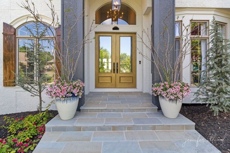 20 Diy Front Step Ideas Creative Ideas For Front Entry Steps | Home Entrance Steps Design | Exterior | Sophisticated | Angled | Bungalow Entrance | Concrete