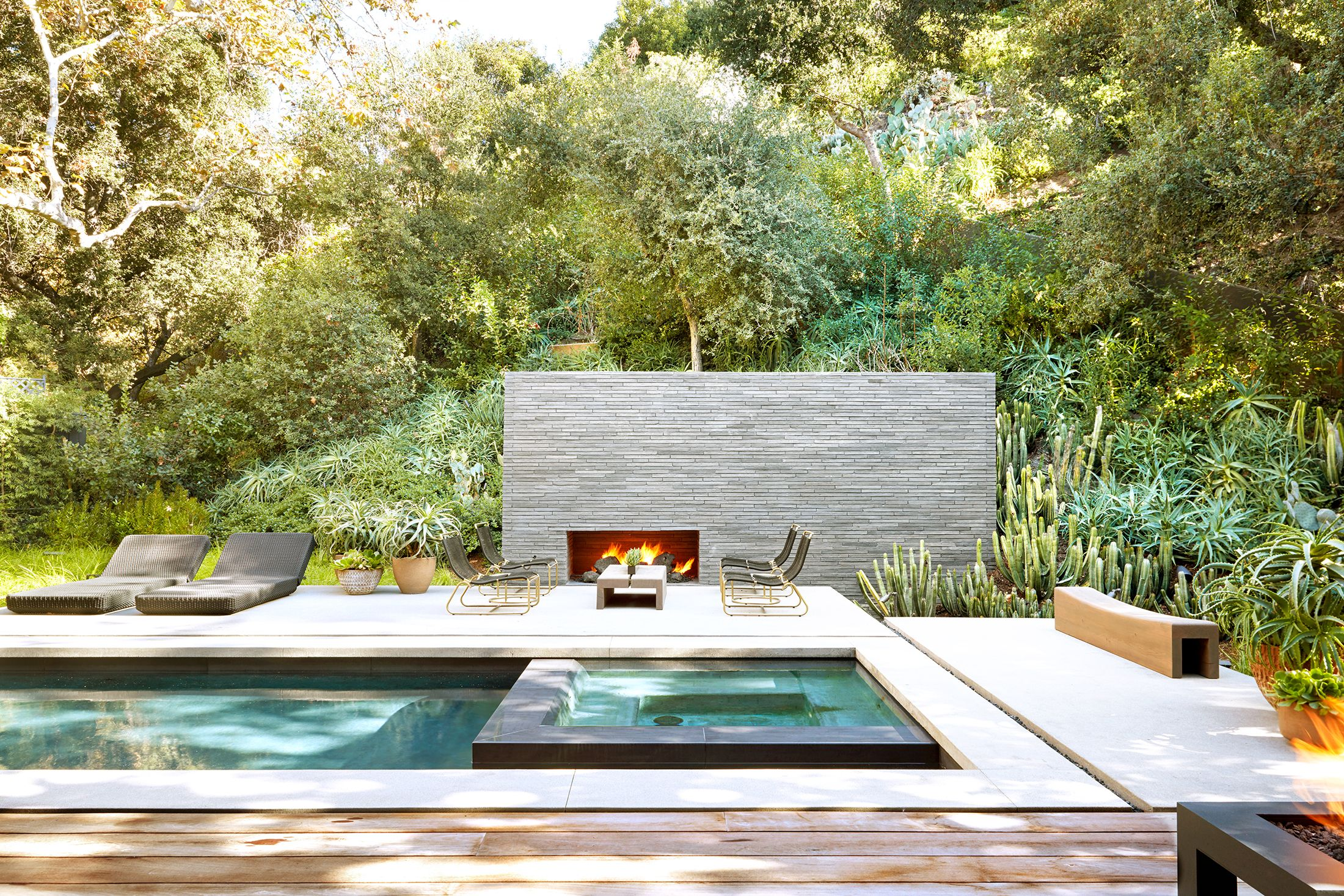 cons of the 9 best decking materials