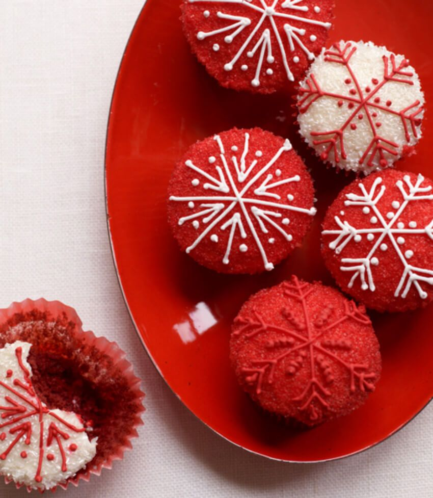 40 Christmas Cupcakes to Bake - Recipe Ideas for Holiday Cupcakes