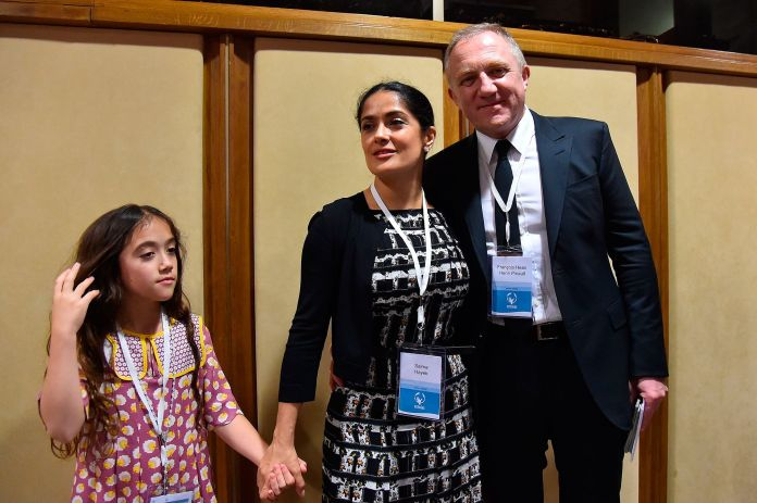 salma hayek and françois henri pinault with their daughter