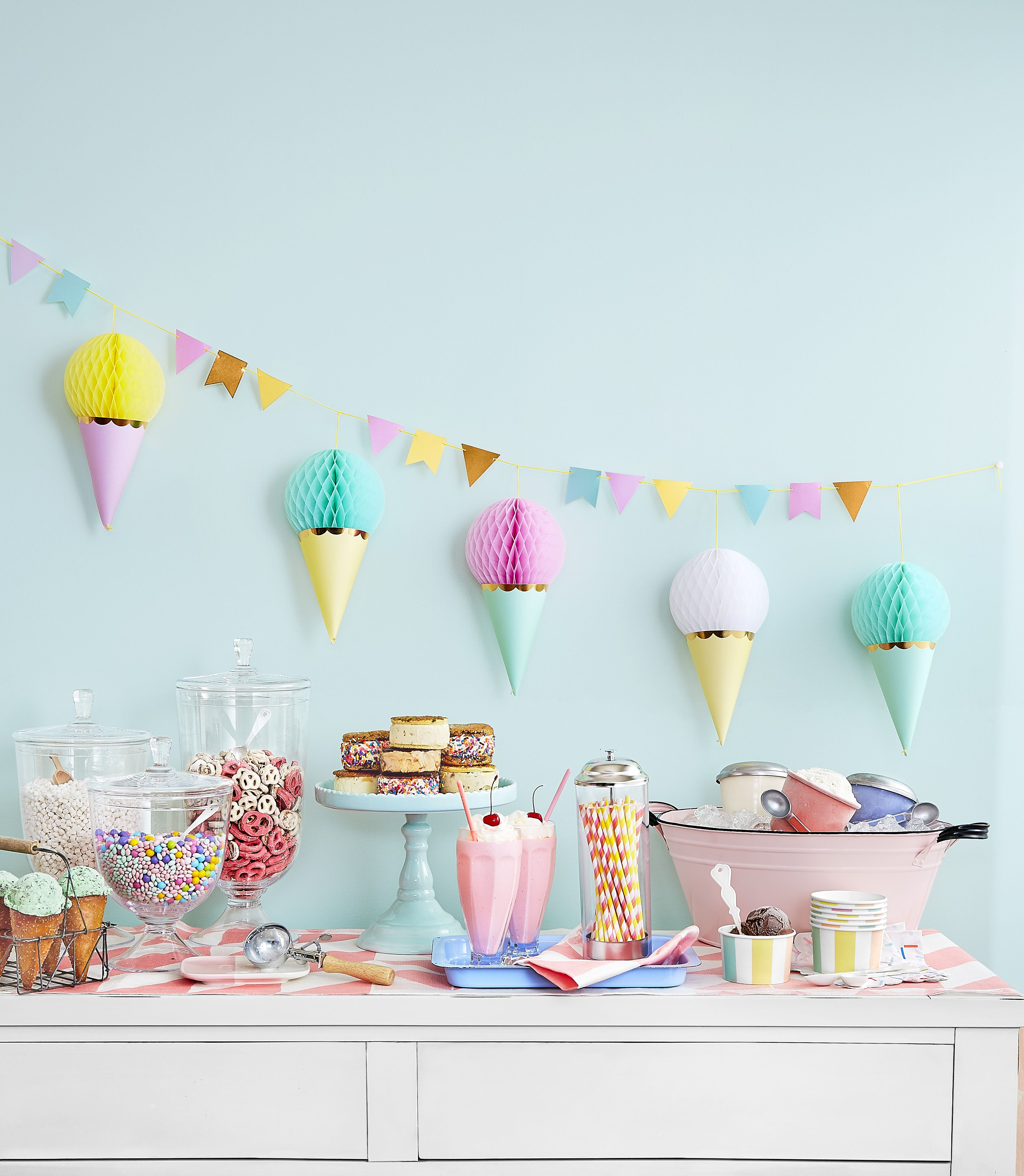 First Birthday Party Themes Party Ideas For Boys And Girls