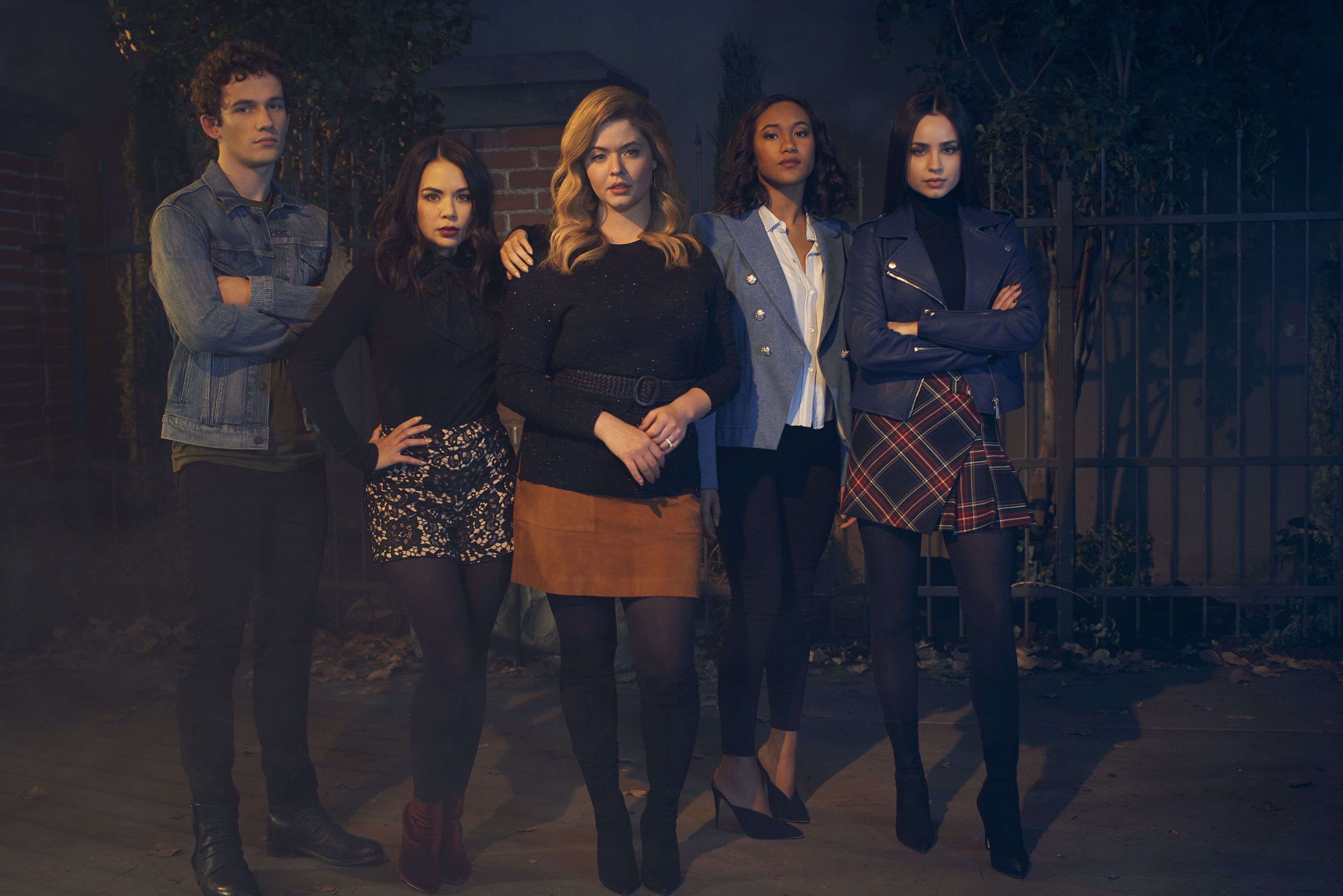 """abc's """"pretty little liars the perfectionists""""   season one"""