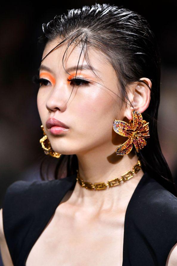 Beauty Trends 2020-Liner-Versace