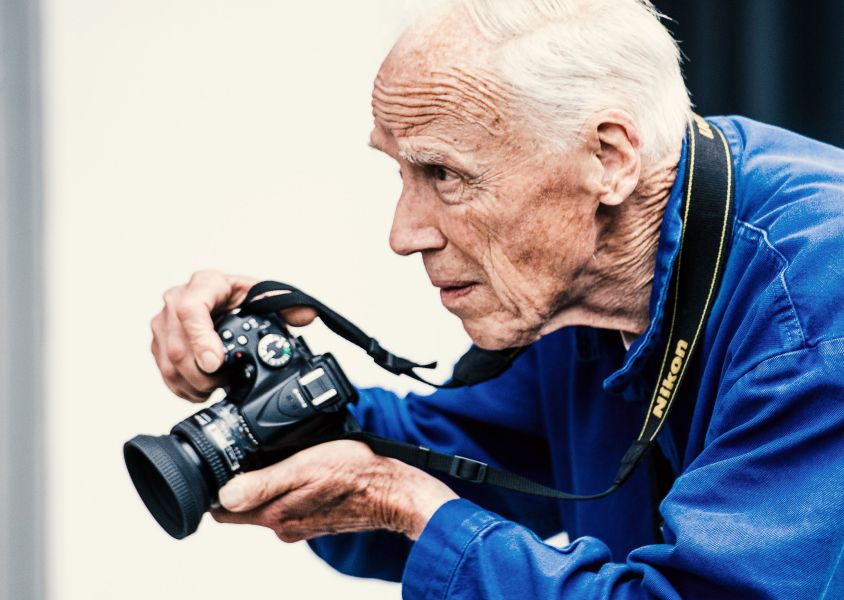 Bill Cunningham s Memoir  Fashion Climbing  Will Be Published in     Bill Cunningham s Memoir  Fashion Climbing  Will Be Published in September    Here s Everything We Know About Fashion Climbing