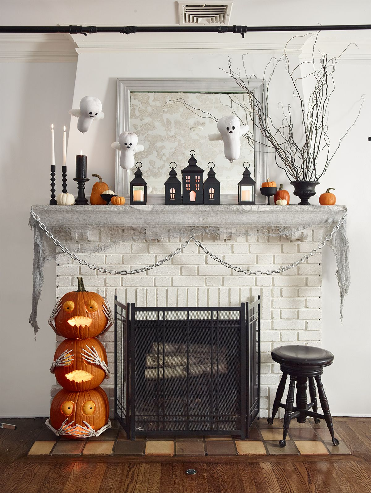 63 Diy Halloween Decorations How To Make Halloween Decorations