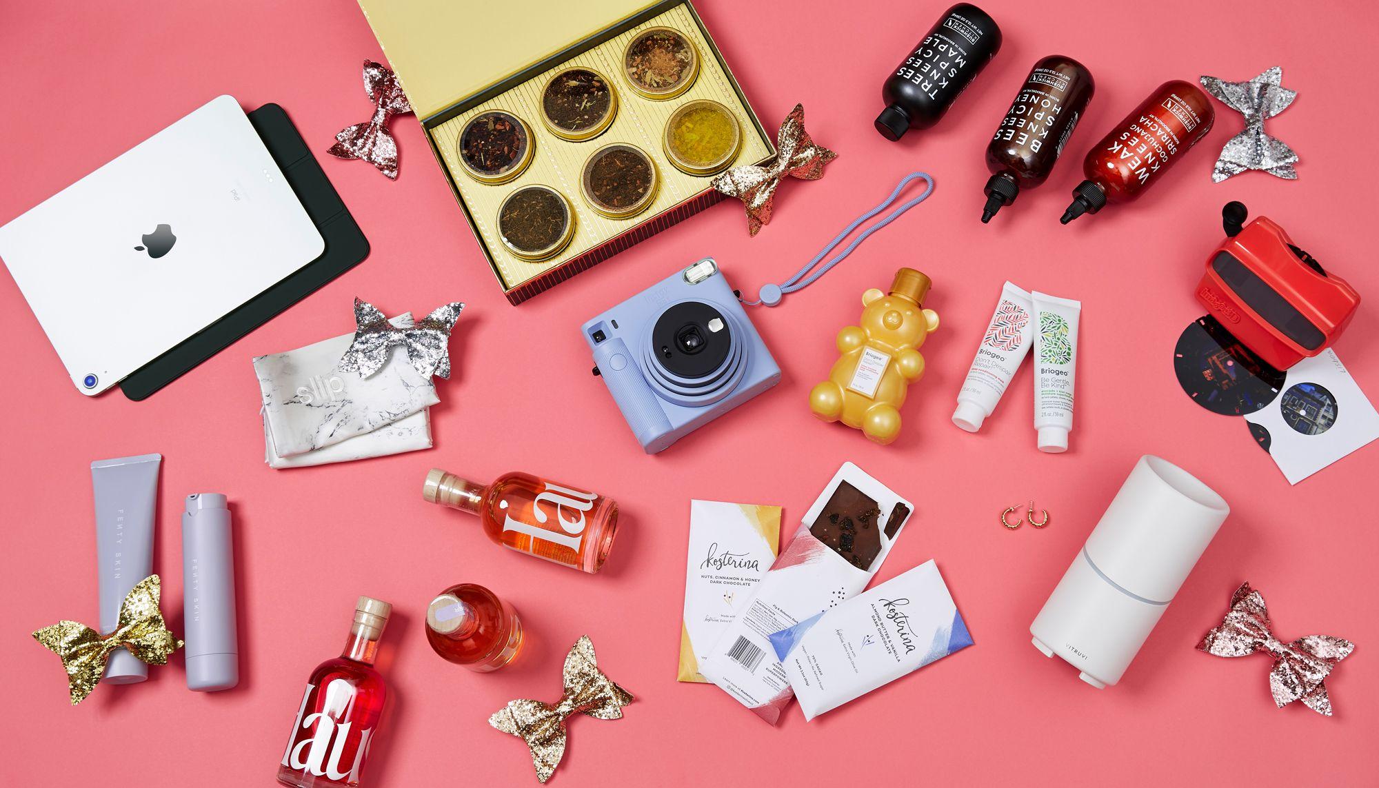 76 Best Gifts For Girlfriends In 2021 Girlfriend Gift Ideas