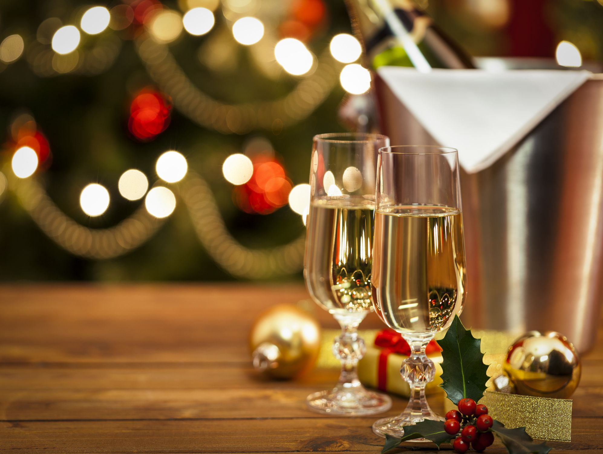 12 Last Minute New Year S Eve Party Ideas Quick New Year S Party Tips From Designers