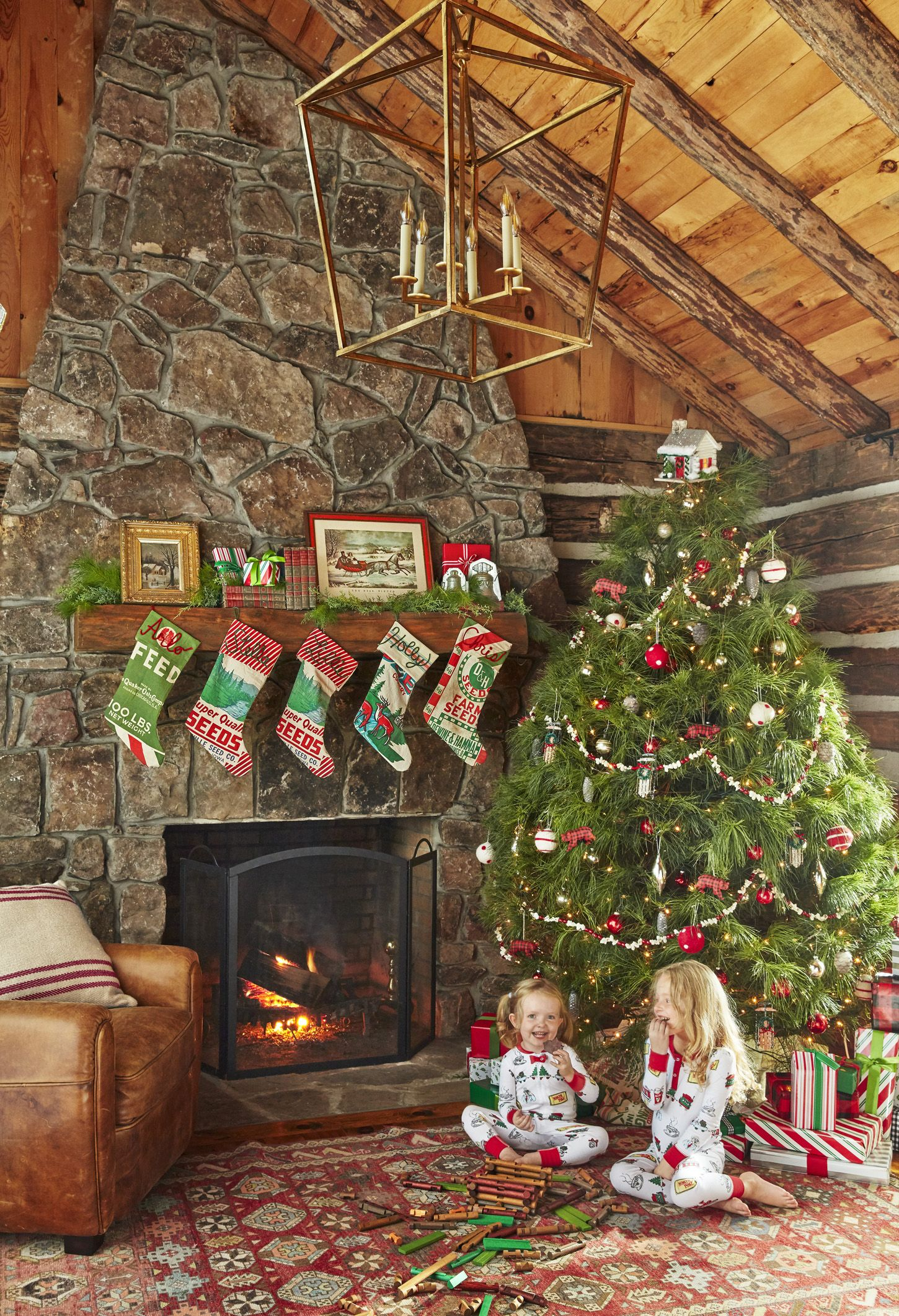 56 Christmas Mantel Decorations Ideas For Holiday