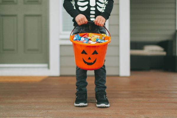 Experts Say That This is the Age You Should Stop Trick-or-Treating