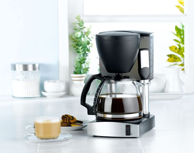 How to Clean a Coffee Maker - Tips for Cleaning Coffeemakers with