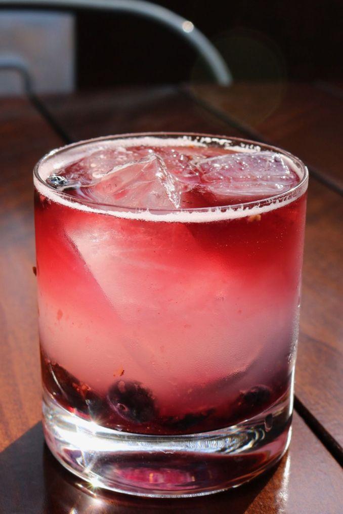 17 Best Vodka Cocktails - Easy Recipes for Vodka-Based Drinks