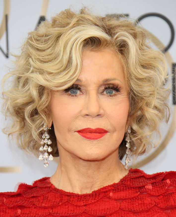 30 hairstyles that will make you look younger - anti-aging haircuts