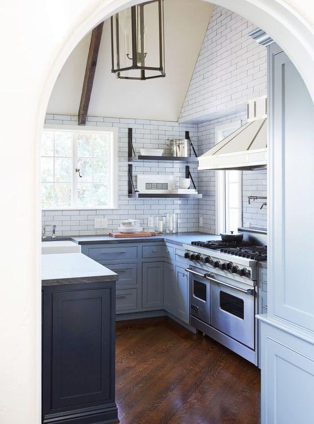 Encimera, Ebanistería, Habitación, Muebles, Cocina, Propiedad, Diseño de interiores, Piso, Edificio, Estufa de cocina,