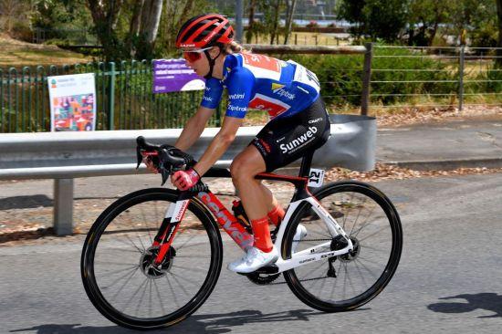 cyclist diet leah kirchmann