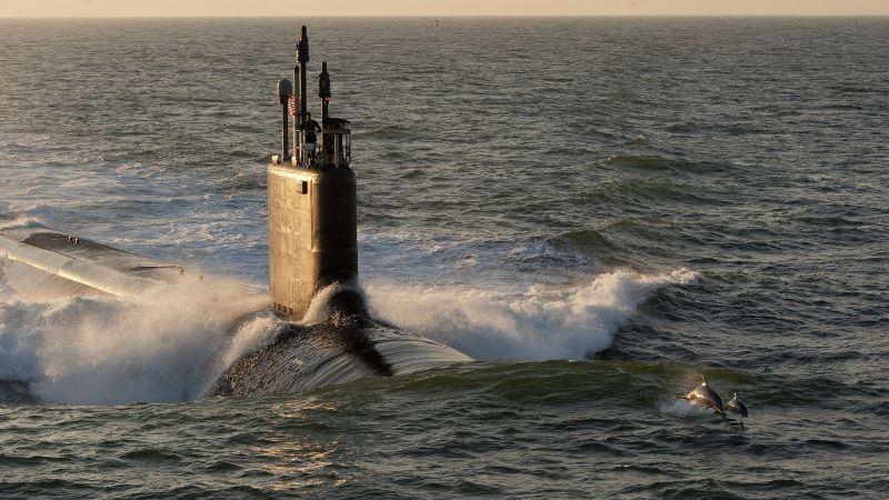 Submarine, Ballistic missile submarine, Cruise missile submarine, Vehicle, Watercraft, Sea, Wave,