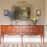 Tips On Decorating With Antiques How To Decorate With Vintage Furniture