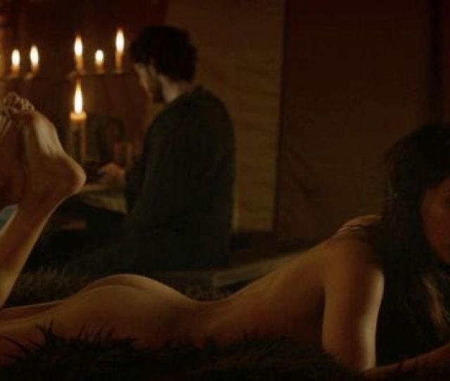 Game Of Thrones Sex Scenes Sexiest Moments Game Of Thrones Talisa And Robb Sex