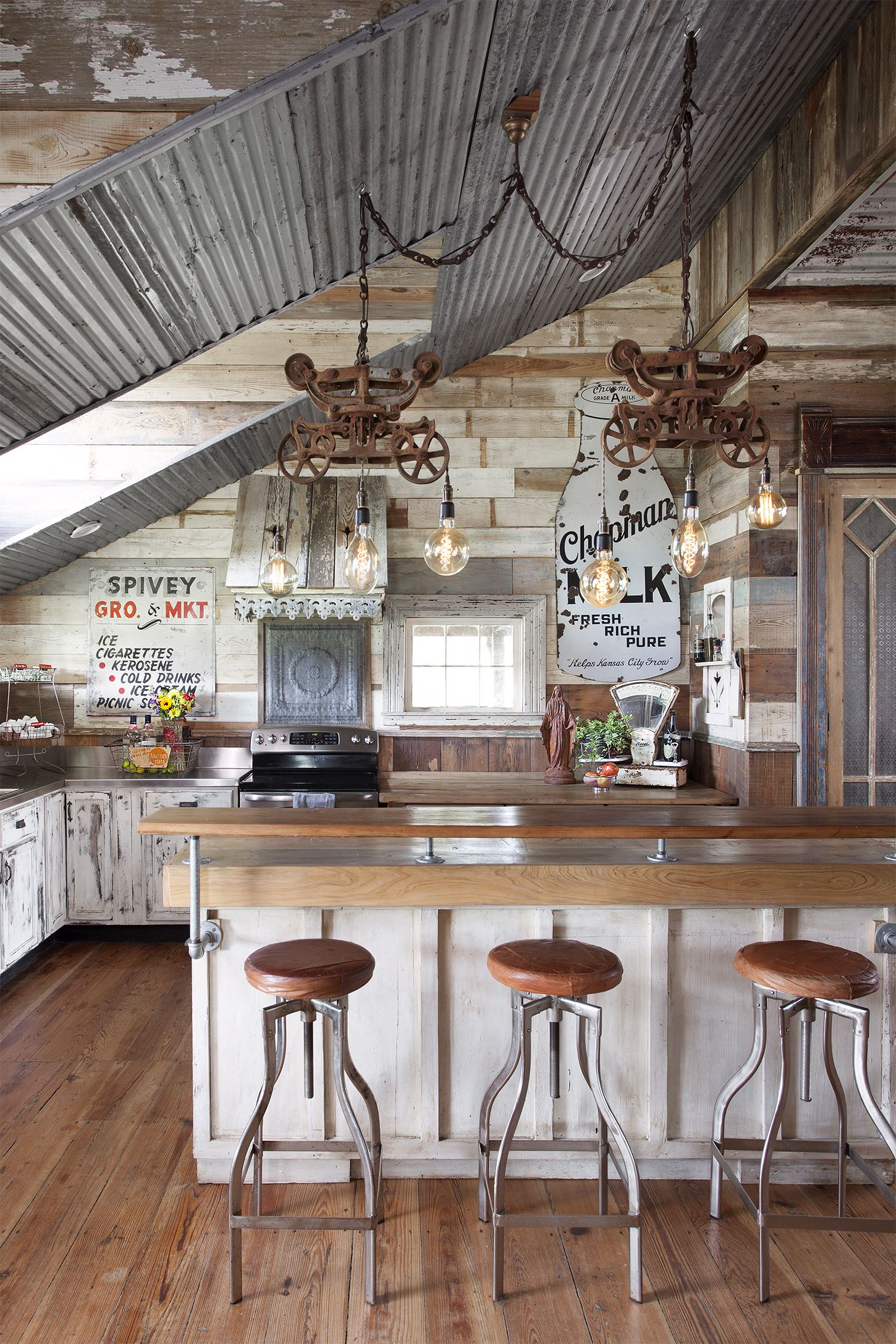 This Rustic Farmhouse Was Built And Decorated Using Almost