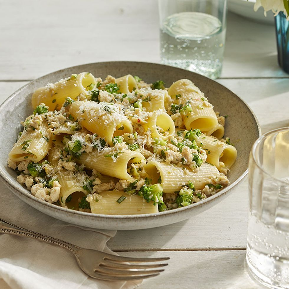 romantic dinner ideas -Rigatoni with Chicken and Broccoli Bolognese