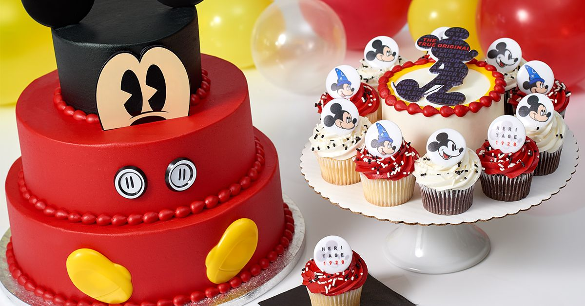 Sam S Club Is Selling Several Mickey Mouse Themed Cakes